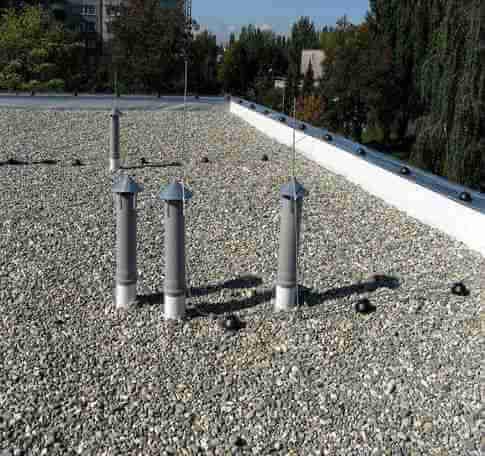 flat roof with stone
